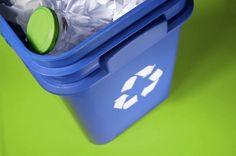 У Рівному встановлюють контейнери для роздільного збору сміття  http://ecotown.com.ua/news/U-Rivnomu-vstanovlyuyut-konteynery-dlya-rozdilnoho-zboru-smittya-/ …