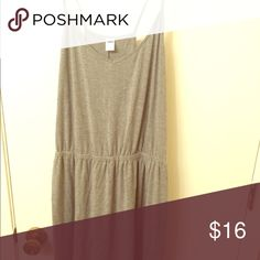Old Navy Dress Worn once - super soft dress. It hits just above my knee. Racerback straps. Old Navy Dresses Midi