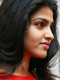 FACEBOOK TAMIL GIRLS: Actress Dhansika Facebook profiles