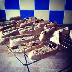 Recipe: Biscotti with Nuts – Italian Biscuit Grace – Twitter The Print Makers Bakery Grace – Instagram The Print Makers Bakery Word and photos by Grace I am a huge fan of tea, a proper cup of tea, and having a sweet tooth means I always need to have my sugar fix whilst having a cuppa. - See more at: http://www.hark1karan.com/category/culture-2/food-general/#sthash.VlpfNCfF.sw8i1JZV.dpuf