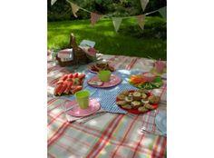 Perfect picnics image