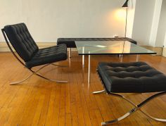 Closer Looks: Our Barcelona Chair Reproduction
