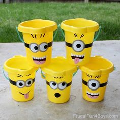 DIY MINION BUCKETS:  All you need is a bucket and some duct tape! Great for the beach. Fun for party favors. Use to organize small toys. heart emoticon these!!  SEE THE HOW-TO HERE: http://frugalfun4boys.com/2015/05/13/minions-sand-buckets-with-a-free-printable-pattern/