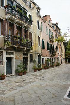Venice - Dorsoduro; Near Santa Maria della Salute