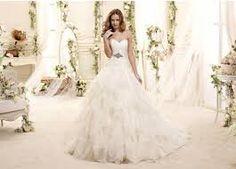 Risultati immagini per vestiti da sposa 2015
