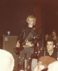 """Anthony """"Bones"""" Roberts of Discharge, 1982 The Adicts, Estilo Punk Rock, Anarcho Punk, Goth Bands, Riot Grrrl, Heavy Metal Music, Punk Outfits, Punk Goth, Musica"""