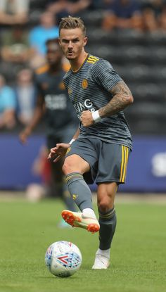 James Maddison of Leicester City passes the ball durng the pre-season friendly match between Notts County and Leicester City at Meadow Lane on July 2018 in Nottingham, England. Leicester City Football, Leicester City Fc, James Maddison, Sports Jersey Design, Salah Liverpool, England Players, Soccer Guys, National Football Teams, Soccer World