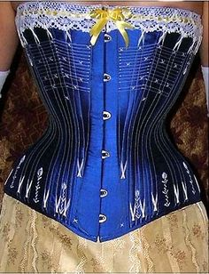 Repro 1880s spoon busk corset - I think this might be from the same pattern I used for my daily wear corset.  - by Lescarpolette creations