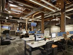 Collaborative office space at Weebly offices in San Francisco