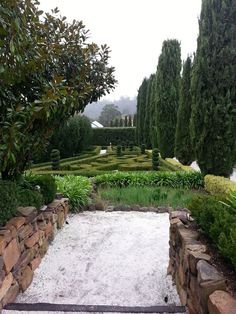 A Secret Garden….topiary, hedges, gravel and stone walls…who can resist such beauty? Mineral Springs Hotel in Hepburn Springs in the Macedon Ranges about 90 minutes drive from Melbourne.