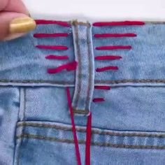 Sewing Art Sewing Tools Sewing Tutorials Sewing Hacks Sewing Patterns Sewing Projects Sewing Techniques Techniques Couture Learn To Sew Techniques Couture Sewing Hacks Sewing Crafts Sewing Projects Embroidery Stitches Embroidery Designs Needle And Thread Sewing Hacks, Sewing Tutorials, Sewing Crafts, Sewing Tips, Bags Sewing, Diy Crafts, Diy Couture, Leftover Fabric, Sewing Projects For Beginners