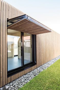 The European oak and beech specialist Carpentier offers various products such as beams, decking boards, waney-edged & square-edged boards and timber cladding. House Cladding, Timber Cladding, Exterior Cladding, Modern Exterior, Exterior Design, Door Design, House Design, Facade Architecture, House Plans