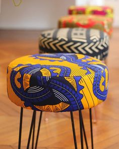 I will not be there but it is a fashion show and trends inspired b African Interior Design, African Design, Unique Furniture, Diy Furniture, Furniture Design, African Accessories, African Home Decor, Furniture Upholstery, African Fabric