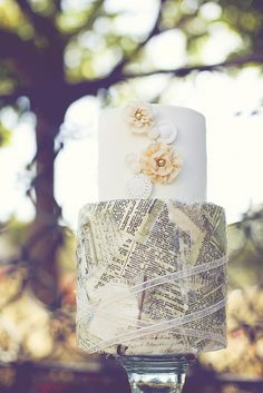 Want to have this done on our wedding cake...with our love letters :)