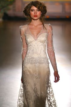 Claire Pettibone 'Sinclair' wedding dress - Fall 2016 #TheGildedAge Collection http://couture.clairepettibone.com/collections/the-gilded-age/products/sinclair
