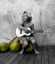 Surfer boy sing us a song :} Surfer Baby, Cute Kids, Cute Babies, Baby Kids, Little People, Little Boys, Family Goals, Beautiful Children, Belle Photo