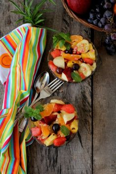 Fruit chaat recipe made in Indian style with fresh fruits & chaat masala. Learn how to make fruit chaat or fresh fruit salad that's a healthy summer snack.