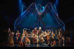 Le Bal des vampires. Spectacle exubérant et décalé de la célèbre comédie musicale « Le Bal des vampires » se tient au théâtre Mogador jusqu'au 5 Juillet 2015. http://www.cityoki.com/fr/paris/evenement/bal-des-vampires