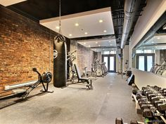 30 best fitness ideas for the home and fitness rooms for your workout . 30 beste Fitness-Ideen für zu Hause und Fitnessräume für Ihren Trainings 30 best fitness ideas for the home and gyms for your workout room # for Room Home Gym Design, Dream Home Design, Fun Workouts, At Home Workouts, Loft Interior, Interior Design, Gym Room At Home, Gym Decor, Basement Gym