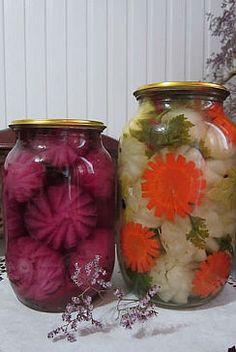 Gemüsenwiese Food Crafts, Canning Recipes, Preserves, Pickles, Mason Jars, Glass Vase, Good Food, Fun, Decor