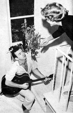 Bobby Darin serenades Sandra Dee