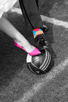 My wedding ! Love my pictures #wedding #soccer #pictureideas #weddingshoes #weddingpictures