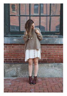 Платье с объемным свитером