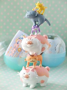 I want these. Tsumi-neko stacking kitties.