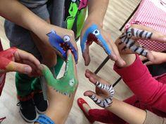 Dinosaurios de manos divertidos para niños #dinosaurios #manos #titeres