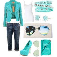 Cute date outfit.