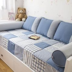 Denim Furniture, Furniture Covers, Living Furniture, Diy Pillows, Cushions, 2 Bedroom House Plans, Patchwork Cushion, House Deck, Couch Covers