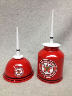 Vintage/ Collectible Themed Pair Of Texaco Gas/ Oil Cans