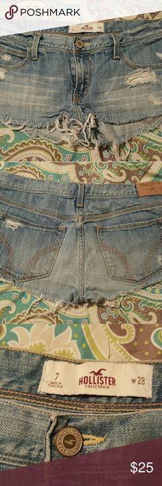 Hollister Destressed Jean Shorts size 7 (w28) Never worn, new without tags, smoke free home Hollister Shorts Jean Shorts