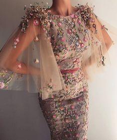 c7cbb219c188ad Beautiful dress. ❤ shared by °•°❀ℳℴ𝑛𝒾𝑞𝑢𝑒 ❀°•°