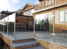 ideas for raised patio steps seating areas Patio Wall, Patio Roof, Pergola Patio, Diy Patio, Backyard Patio, Pergola Ideas, Ikea Patio, Patio Decks, Small Pergola