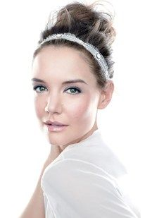 We love this messy ballet bun with a beautiful lace headband- this would be a perfect wedding style  #updo