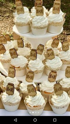 Remarkable Wedding Cake How To Pick The Best One Ideas. Beauteous Finished Wedding Cake How To Pick The Best One Ideas. Diy Wedding Cupcakes, Wedding Cupcake Toppers, Cool Wedding Cakes, Rustic Wedding Photos, Country Wedding Cakes, Country Weddings, Rustic Weddings, Southern Weddings, Mason Jar Cupcakes
