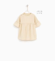 DRESS WITH FRILLED SLEEVES