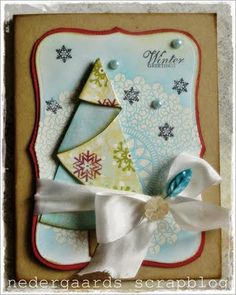 Folded tree card.  Has a template to fold the tree from a circle, but instructions are not in English.