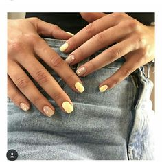 Image in nails collection by on We Heart It Discovered by Find images and videos on We Heart It - the app to get lost in what you love. Bright Pink Nails, Yellow Nails, Fabulous Nails, Gorgeous Nails, Spring Nails, Summer Nails, Cute Nails, Pretty Nails, Hair And Nails