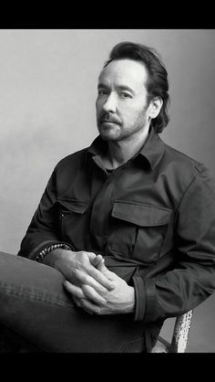 John Cusack : I'm looking for a dare to be great situation  LD
