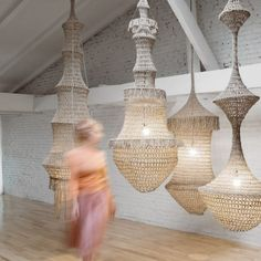 Amulette raw by Annie Legault Lampe Crochet, Crochet Lampshade, Lamp Shades, Light Shades, Everything Is Illuminated, Bottle Chandelier, Diy Lampe, Design Textile, Textile Sculpture