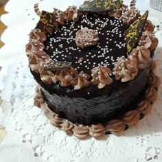 Legjobb csokimáz Birthday Cake, Desserts, Food, Tailgate Desserts, Deserts, Birthday Cakes, Essen, Postres, Meals