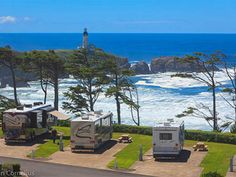 Virtual Tour of Pacific Shores Motorcoach Resort Camping Places, Camping Spots, Beach Camping, Camping World, Camping Life, Rv Camping, Camping Equipment, Glamping, Camping Ideas