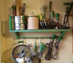 Collection of vintage green utensils for the kitchen!