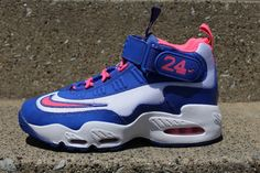 cheap for discount 57c75 04eba air griffey max 1  Nike Air Griffey Max 1 GS - White  Digital Pink
