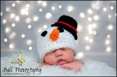 Frosty the Snowman  winter time Christmas by KnitsNKnotsByFrances, $17.00