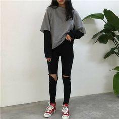 Love these korean fashion outfits 5224171821 me close K Fashion, Asian Fashion, Fashion Outfits, Fashion Ideas, 90s Fashion Grunge, Grunge Fashion Winter, Skater Fashion, Korean Fashion Winter, Ulzzang Fashion