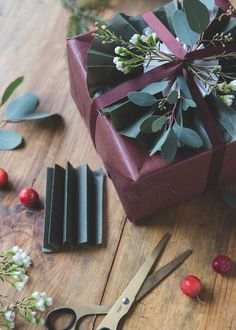 Christmas wrapping by Volang-Linda
