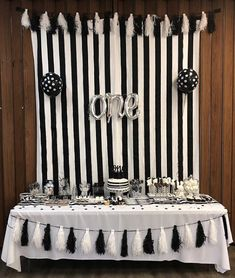 Nice ranked quinceanera party themes you can check here Black And White Party Decorations, Black White Parties, Black And White Theme, Music Themed Cakes, 60th Birthday Party Decorations, Cocktail Party Themes, Quinceanera Party, 30th, Birthdays